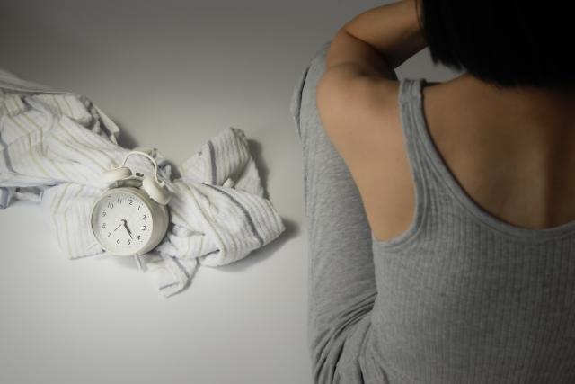 睡眠障害女性